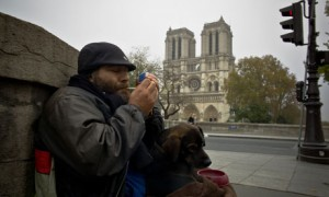 Homeless man Notre Dame 008 300x180 Down and out in Paris: the frustration and tedium of homelessness