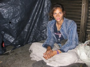 homeless woman in barrio triste medellin 300x224 Homeless Colombia