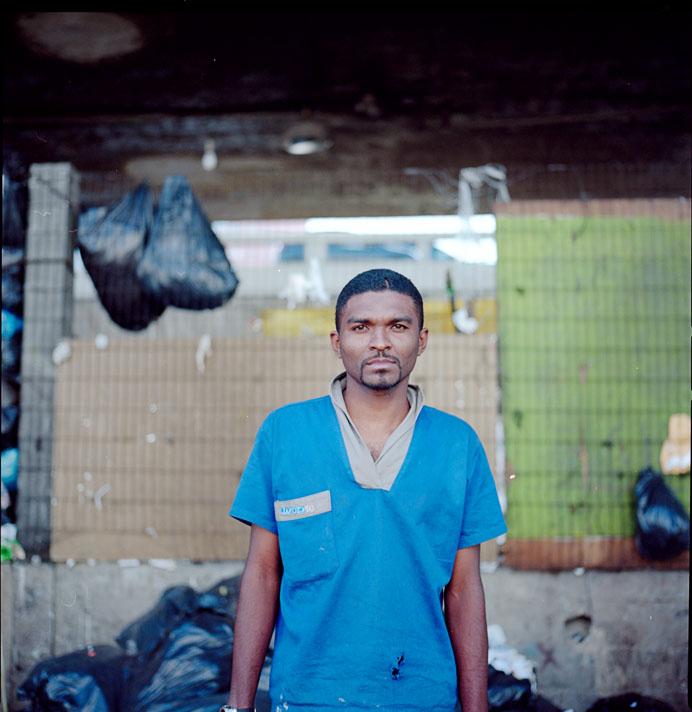 Moradores da Rua by Martijn Crowe